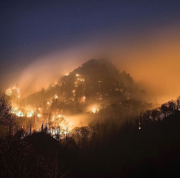 The Chimney Tops 2 wildfire in Great Smoky Mountains National Park. Photo by Chris Higgins Photography.