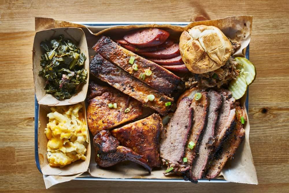Calhoun's BBQ restaurant places to eat gatlinburg