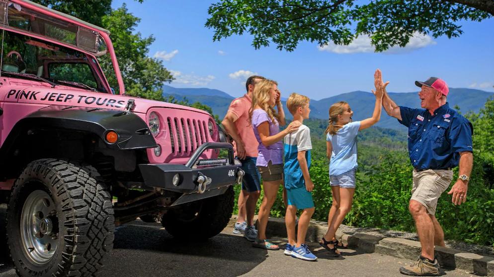 gatlinburg pink jeep tours