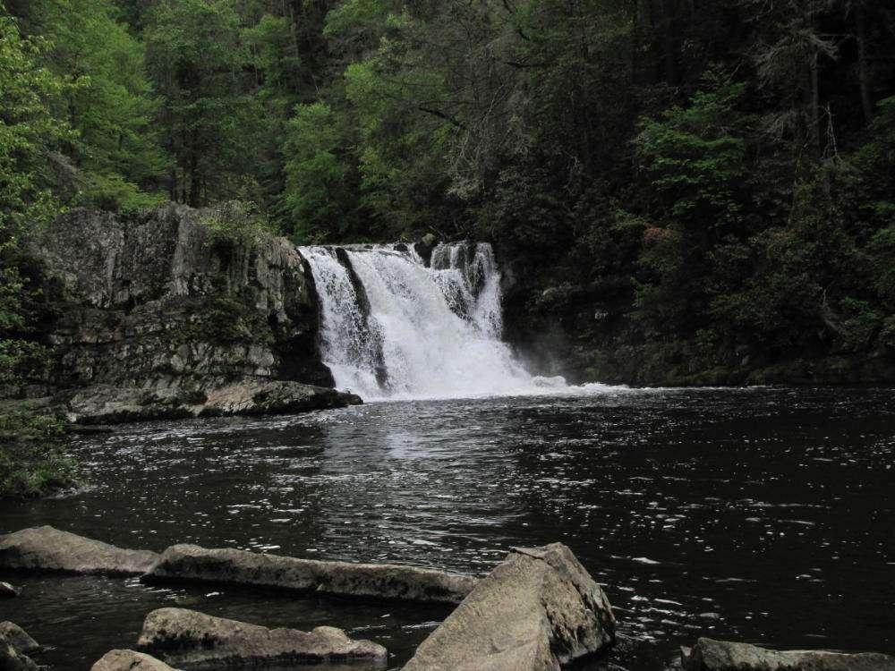 cades cove gatlinburg abrams falls